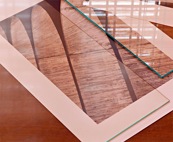 Diferenca entre vidro anti reflexo e normal