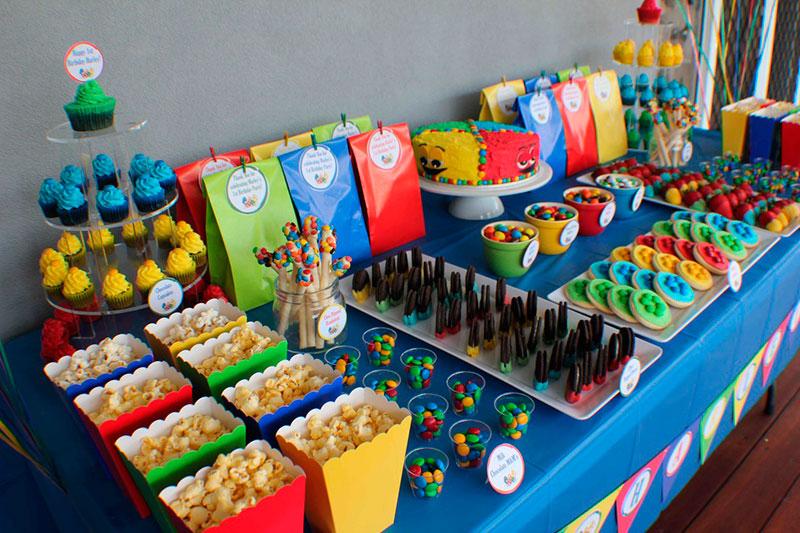 Mesa de doces para festa infantil 2.1