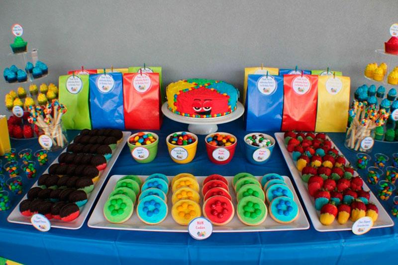 Mesa de doces para festa infantil 2