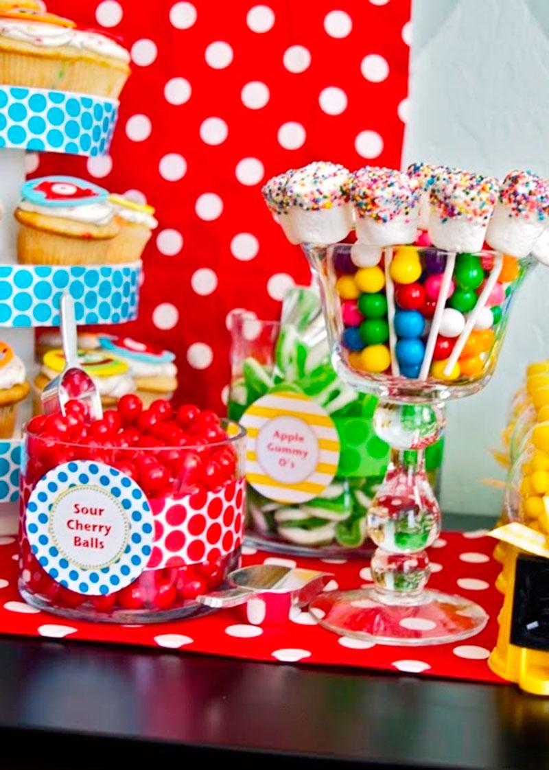 Mesa de doces para festa infantil 3
