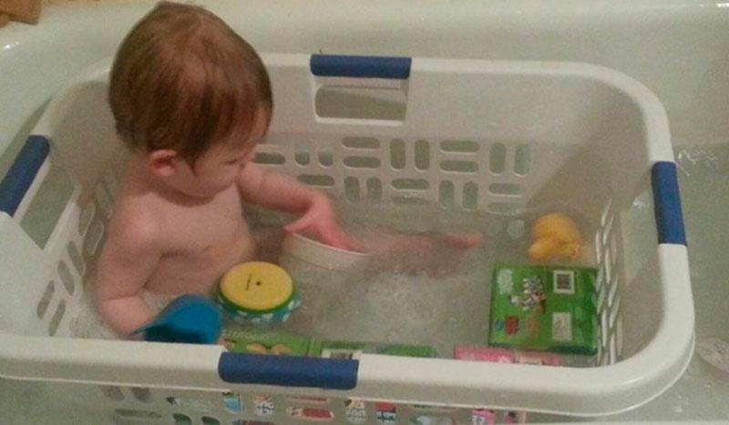 Brincando no banho