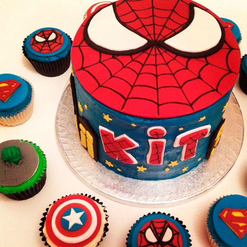 Bolo e cupcake