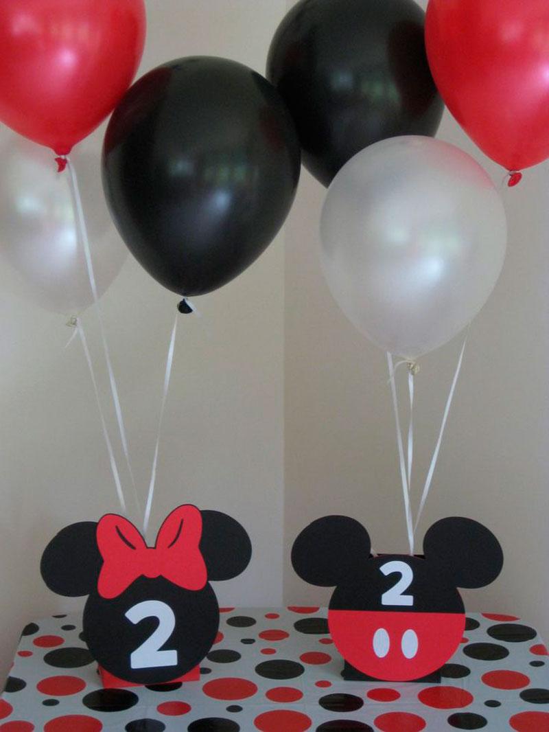 balão e decoração do mickey