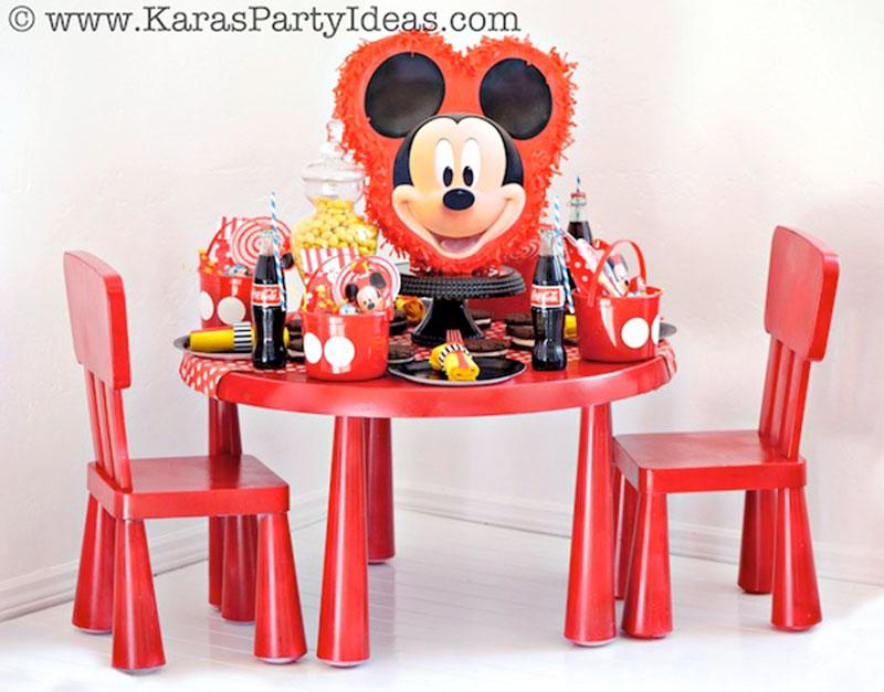 mesa de aividade do mickey para festa personalizada