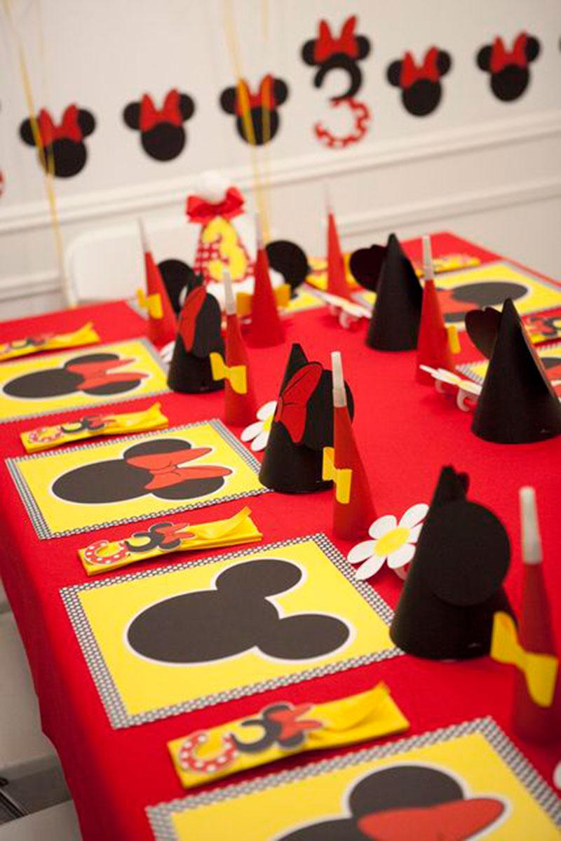 mesa de atividade minnie e mickey