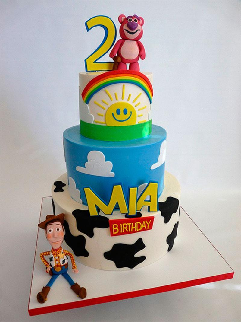 bolo de 2 anos toystory