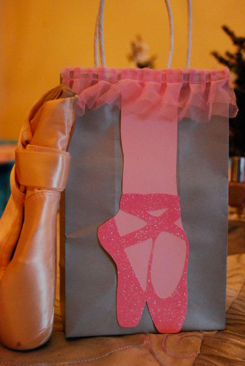 saquinho de sacola- sapatilha