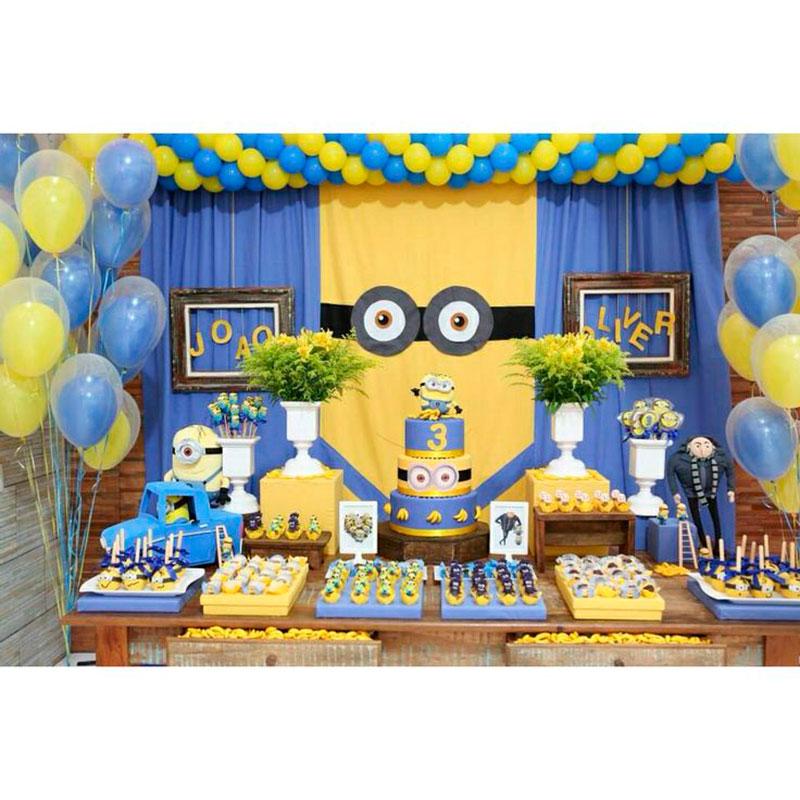 Festa Minions bexigas e doces