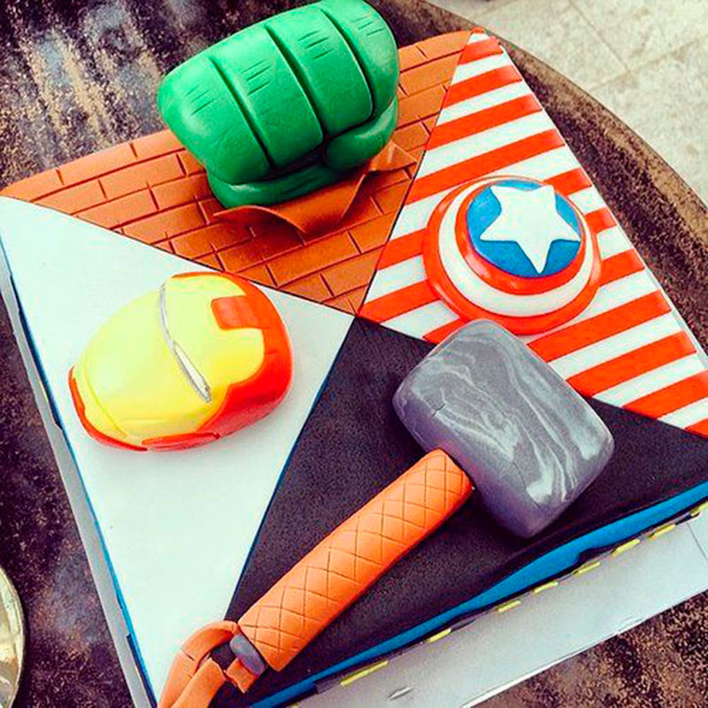 bolo simples e criativo