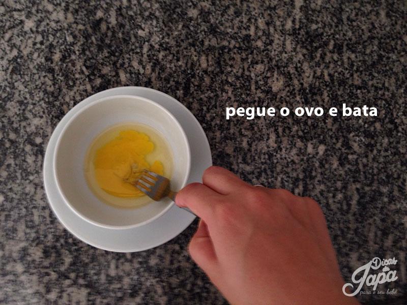 4-receita-de-panqueca-com-banana ovo-batido