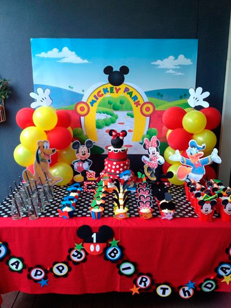 amigos - festa do Mickey Mouse
