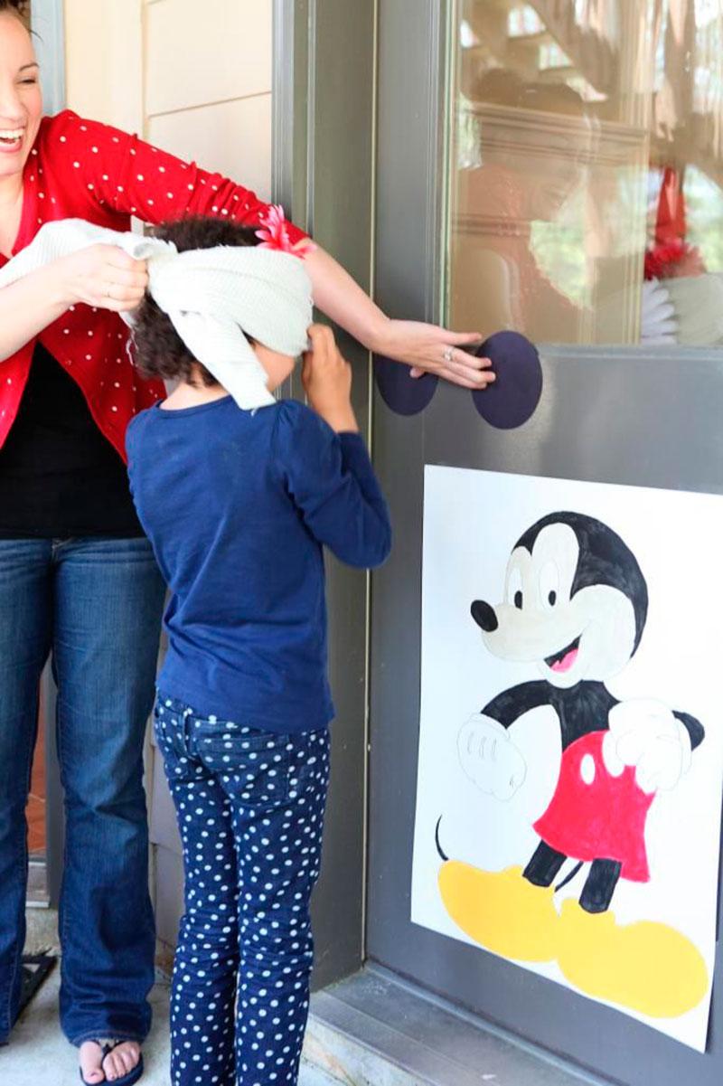 brincadeira do tema Mickey