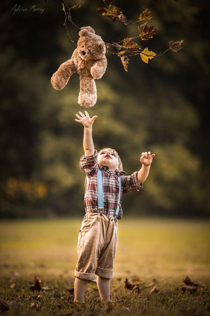 criança e ursinho