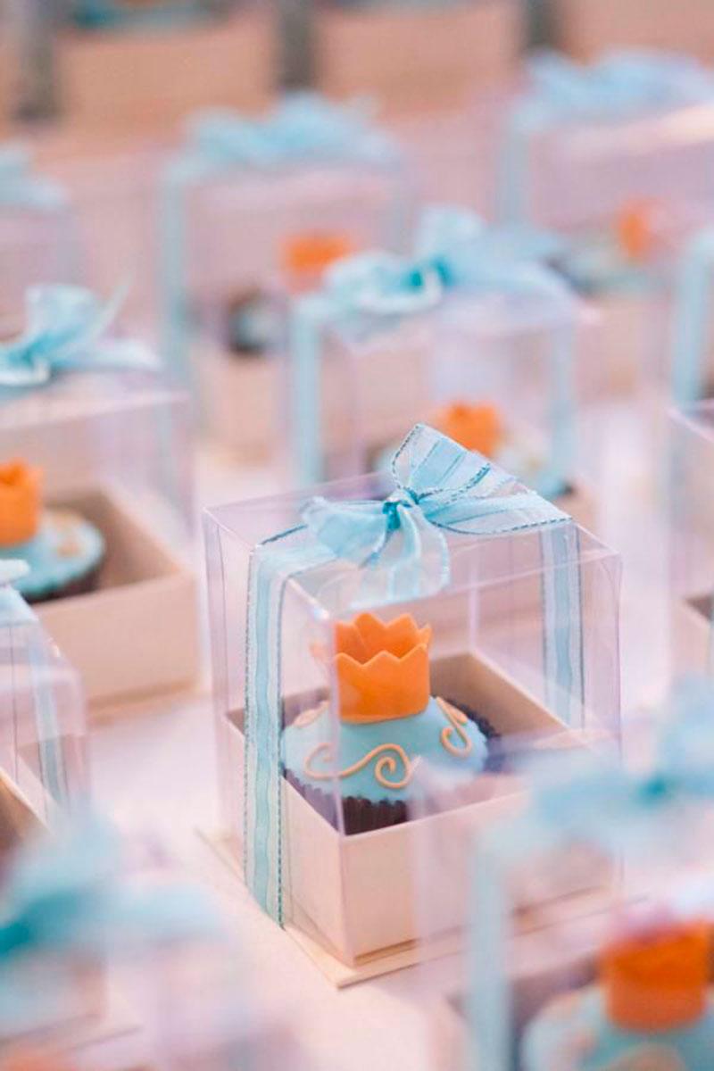 cupcake em formato de lembrancinha