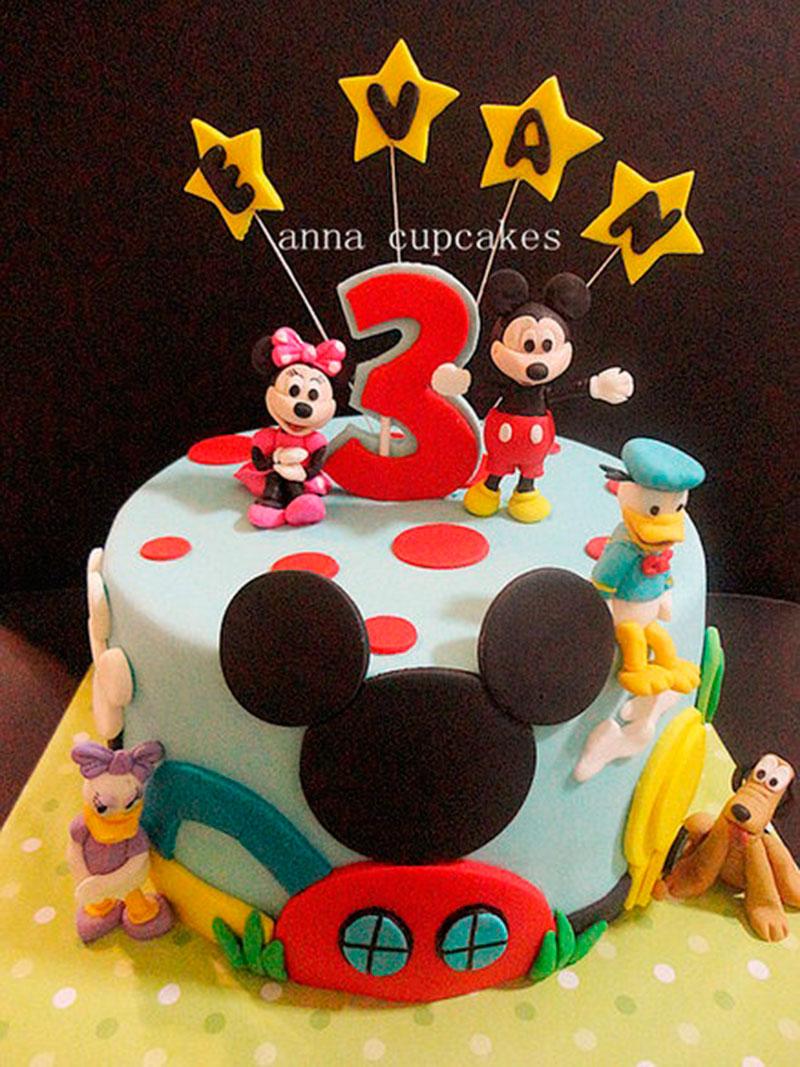 bolo do Mickey e cia