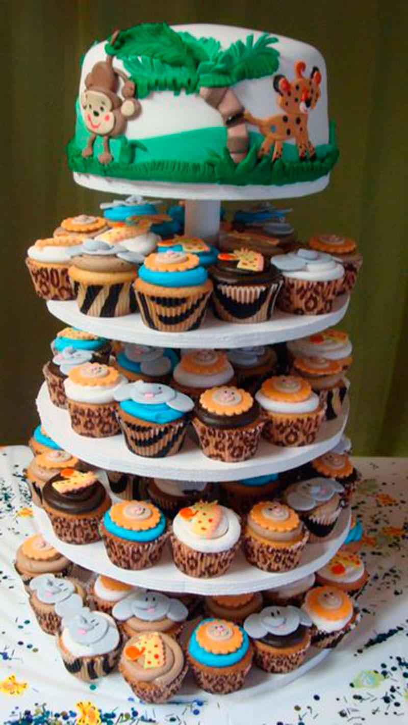 bolo e cupcakes