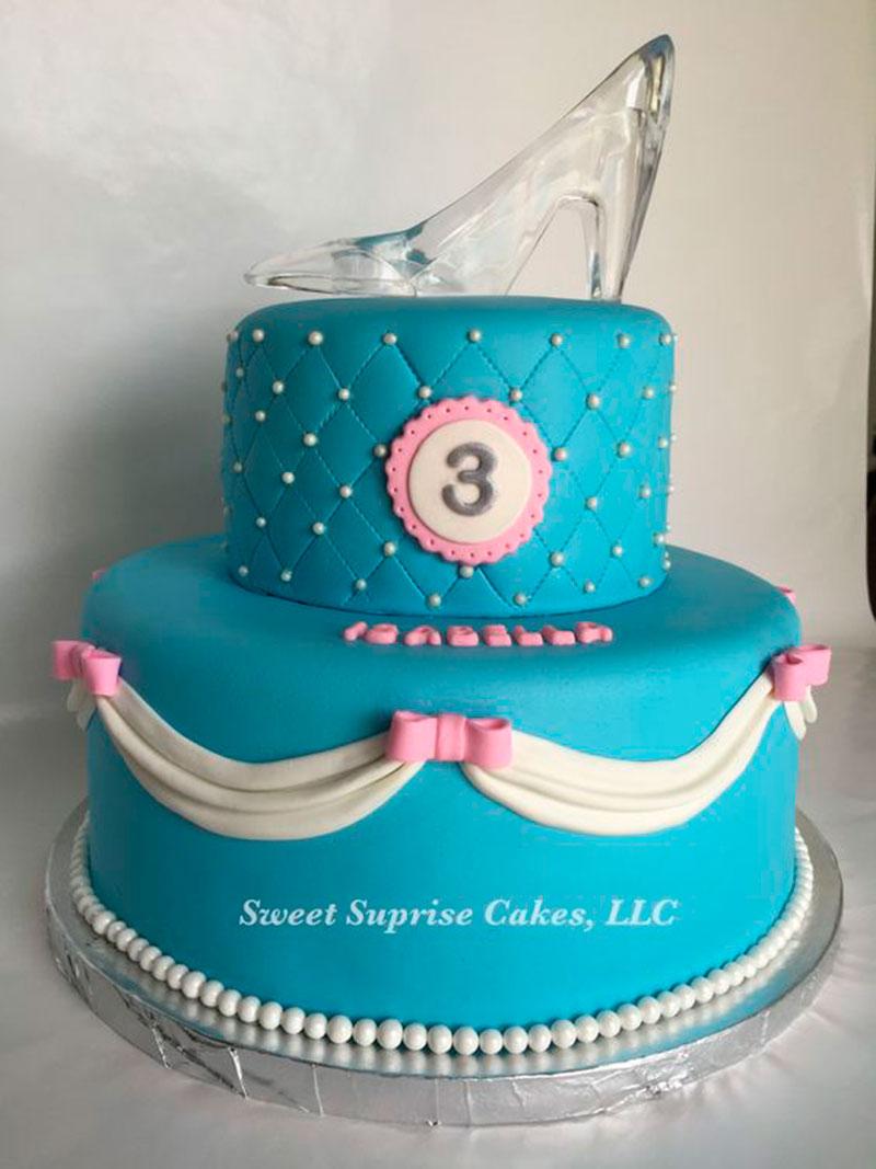 bolo azul Cinderela